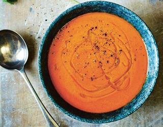 Red pepper and sweet potato soup ()