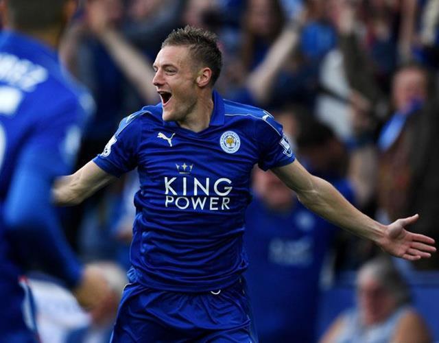 Jamie Vardy celebrates for Leicester ()