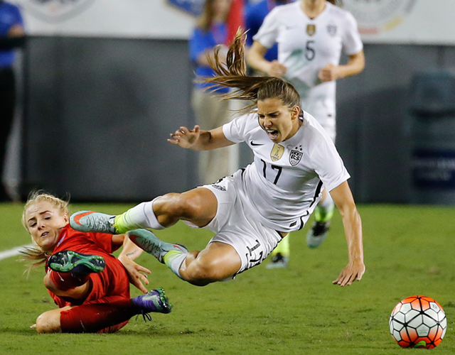 Tobin Heath and Alex Greenwood in the SheBelieves Cup (Rhona Wise / Stringer)