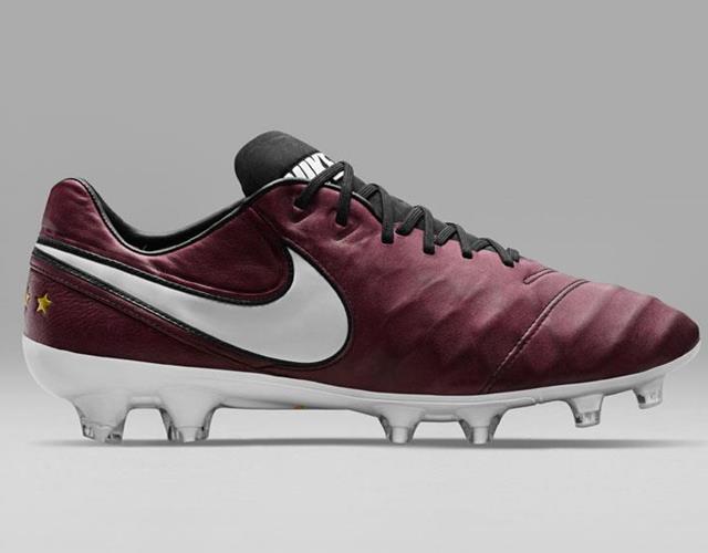 Nike Tiempo Pirlo ()