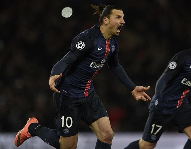 Zlatan Ibrahimovic celebrates with PSG (Getty)