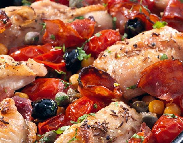 Chicken and chorizo one pot ()