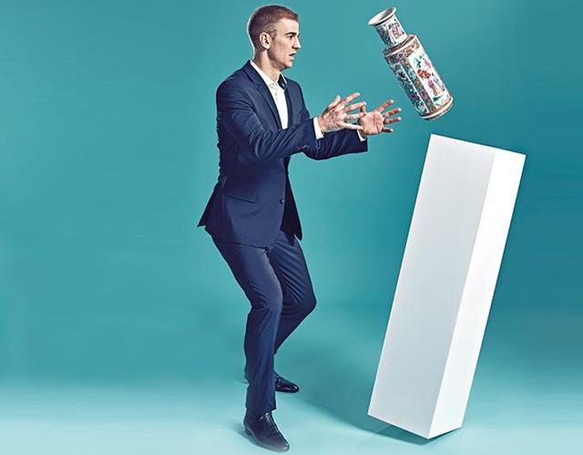 Joe Hart catches a Vase (Steve Neaves)