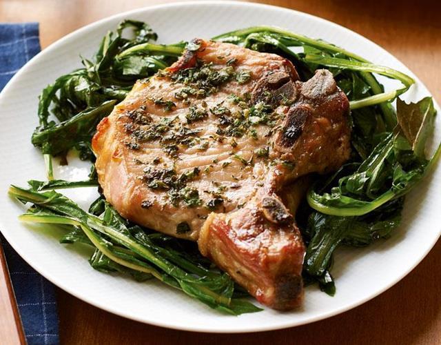 Pork chop and dandelion greens ()