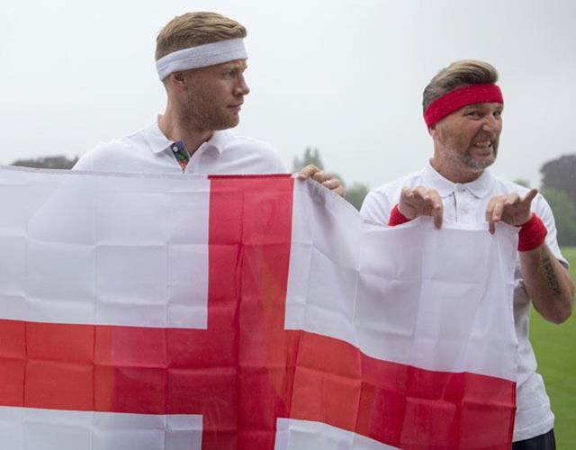 Freddy Flintoff and Robbie Savage with England Flag ()