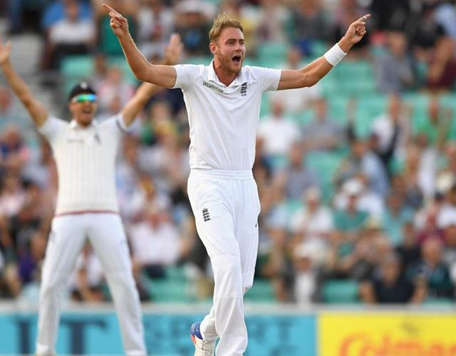 Stuart Broad celebrating England ()