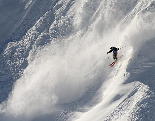 Off-piste skiing (Getty Images)