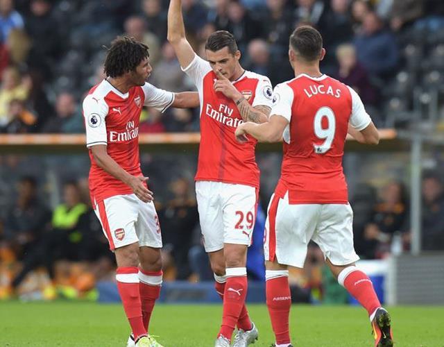 Granit Xhaka celebrates scoring for Arsenal ()