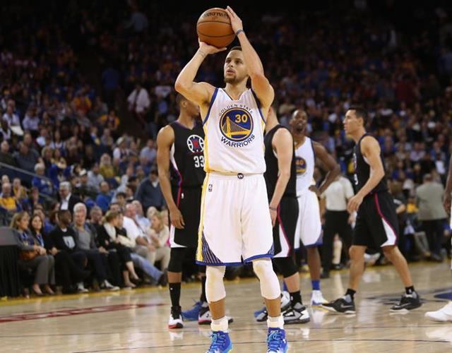 Steph Curry free throw ()
