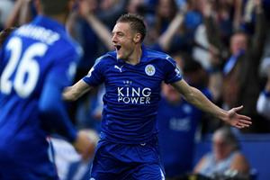 Jamie Vardy celebrates for Leicester ()