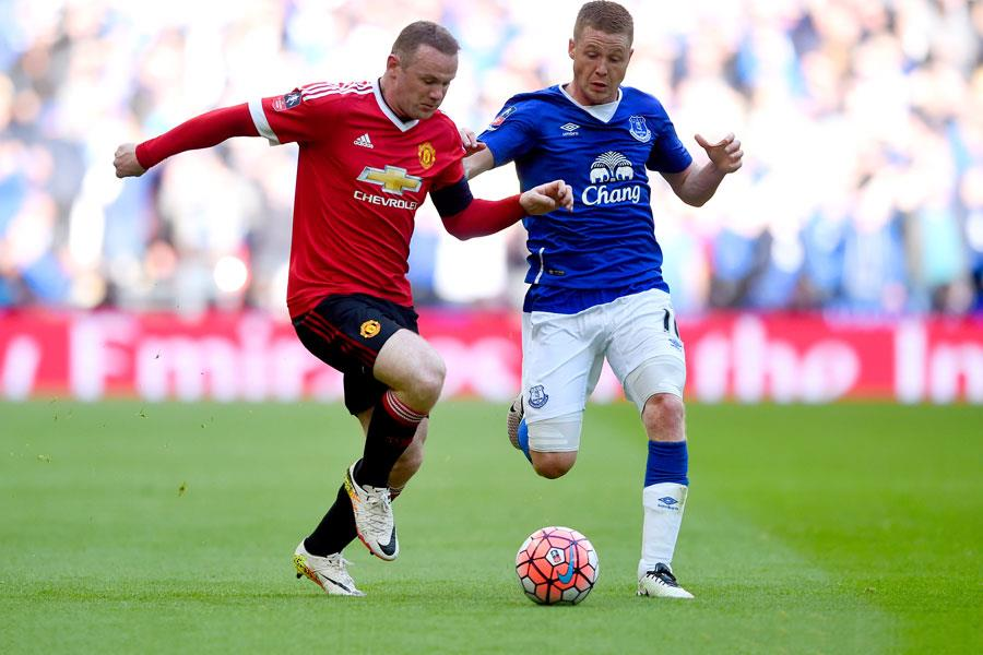 Wayne Rooney and James McCarthy ()