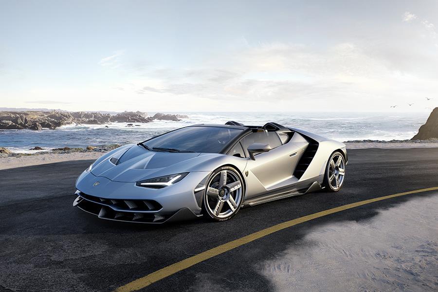 Lamborghini Centenario Roadster front three quarter ()