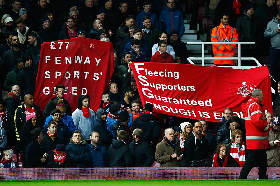 Liverpool fans protest ticket prices (Getty)