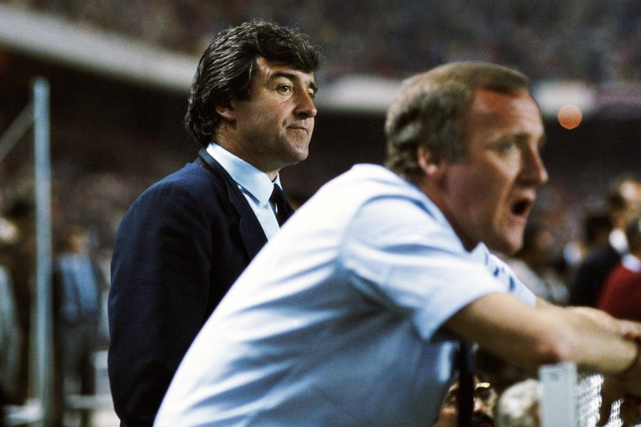 Terry Venables  ()