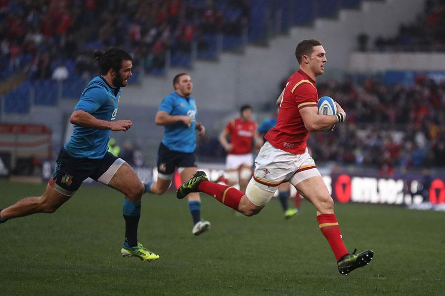 George North playing rugby for Wales ()