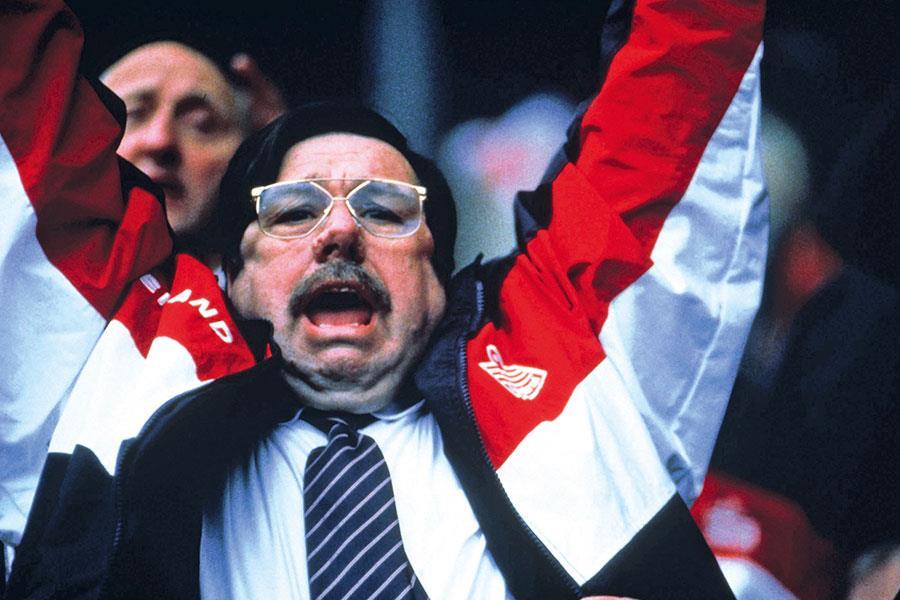 Mike Bassett England manager ()