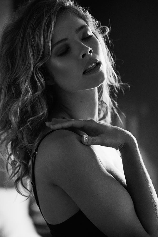 Lingerie model poses for FS magazine photoshoot ()