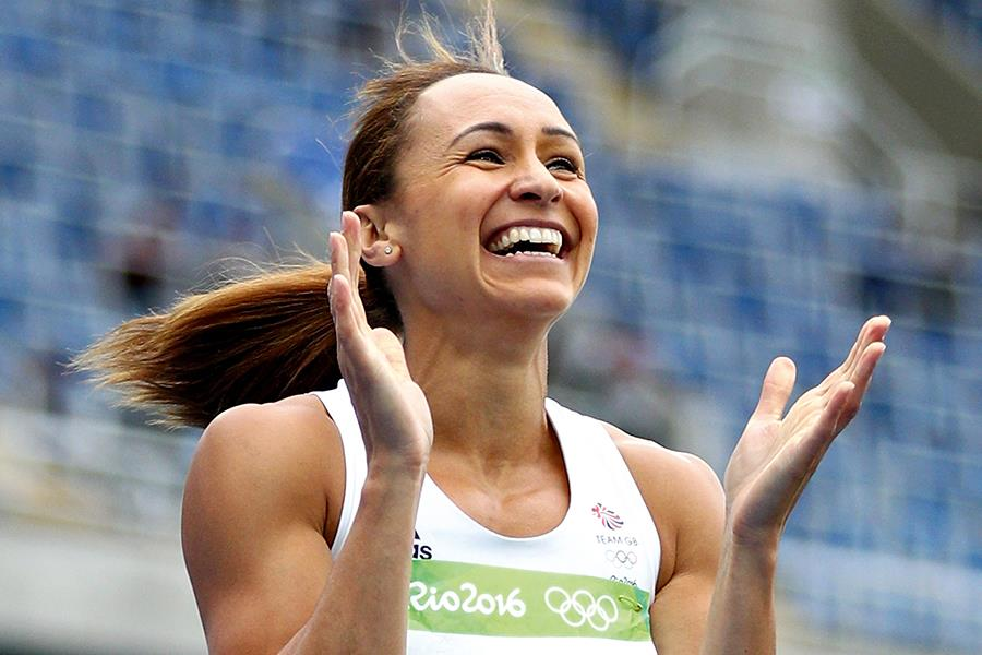 Jessica Ennis-Hill clapping ()