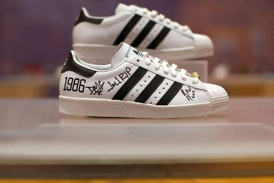 Adidas Run DMC ()