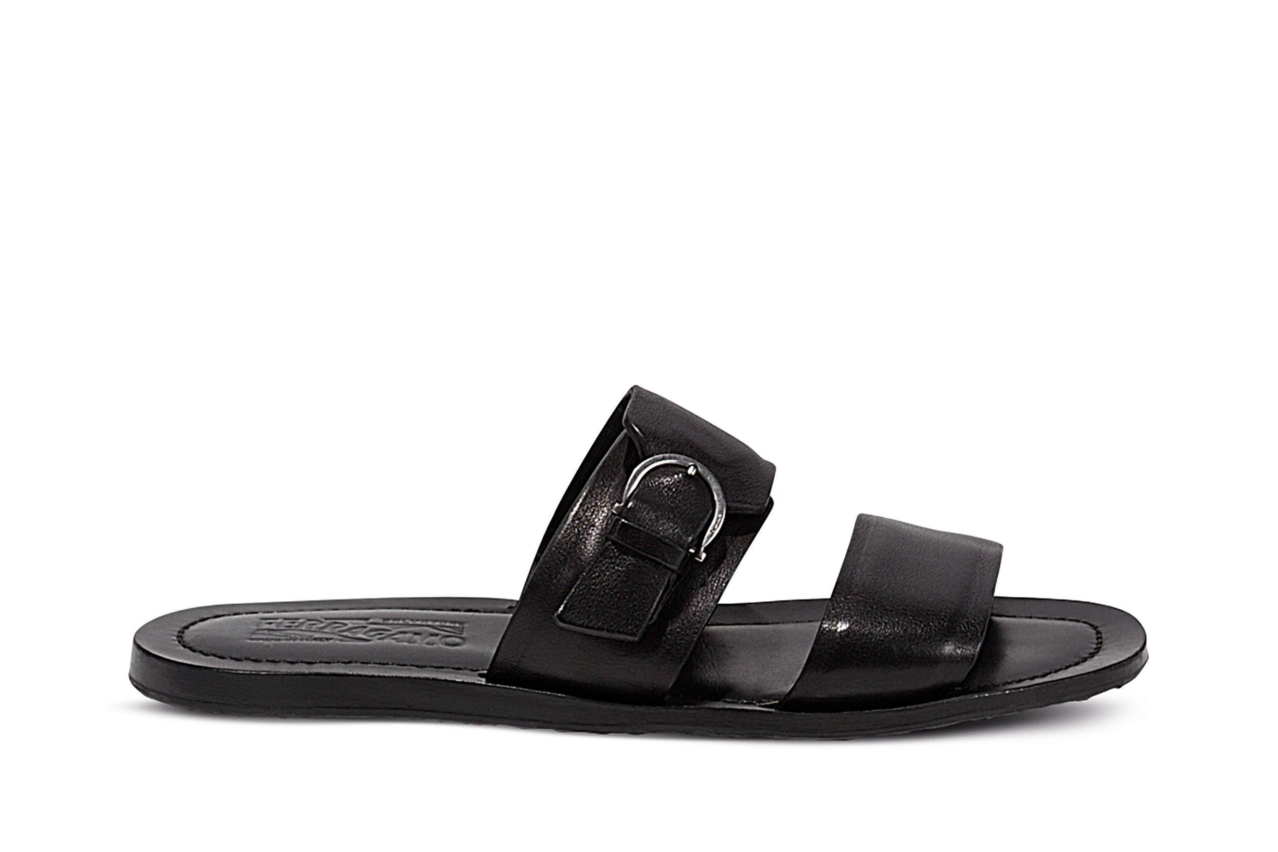 Leather sandals ()