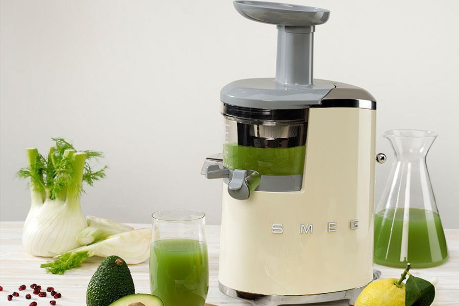 Smeg SJF01 slow juicer ()