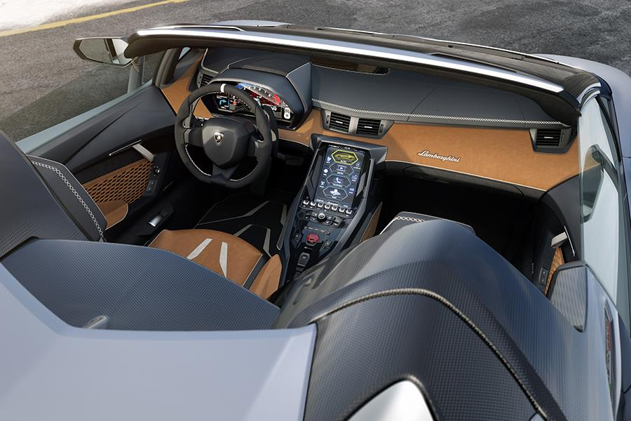 Lamborghini Centenario Roadster interior (Lamborghini)