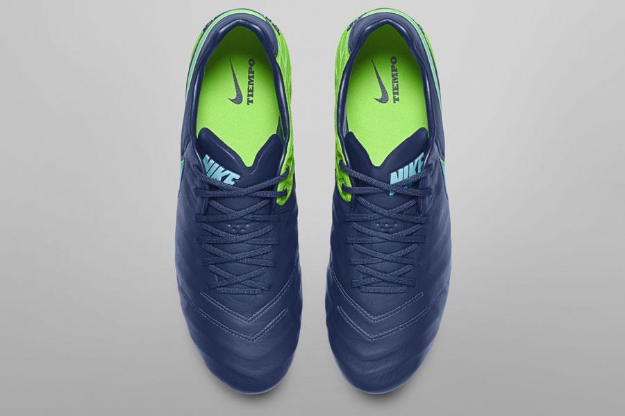 Nike Tiempo floodlight ()