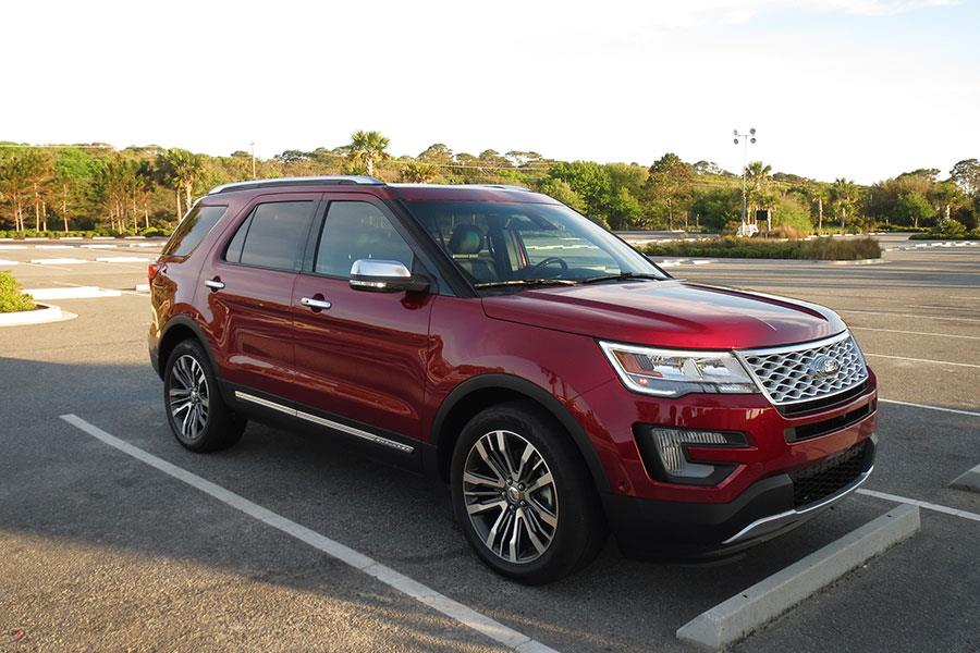 Red Ford Explorer used for FS magazine's Southern States road trip  ()