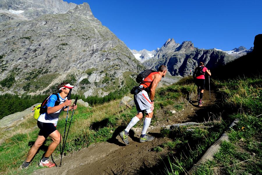 Ultra-trail du Mont-Blanc mountain runners (Getty)
