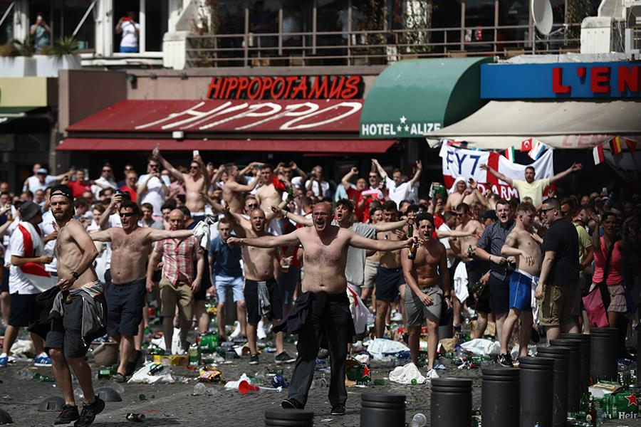 Euro 2016 england fans ()