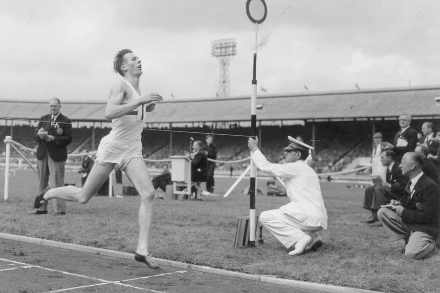 Roger Bannister running ()