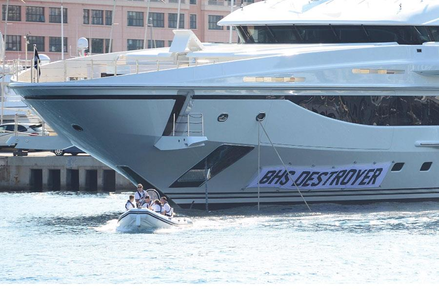 Simon Brodkin yacht prank BHS destroyer ()