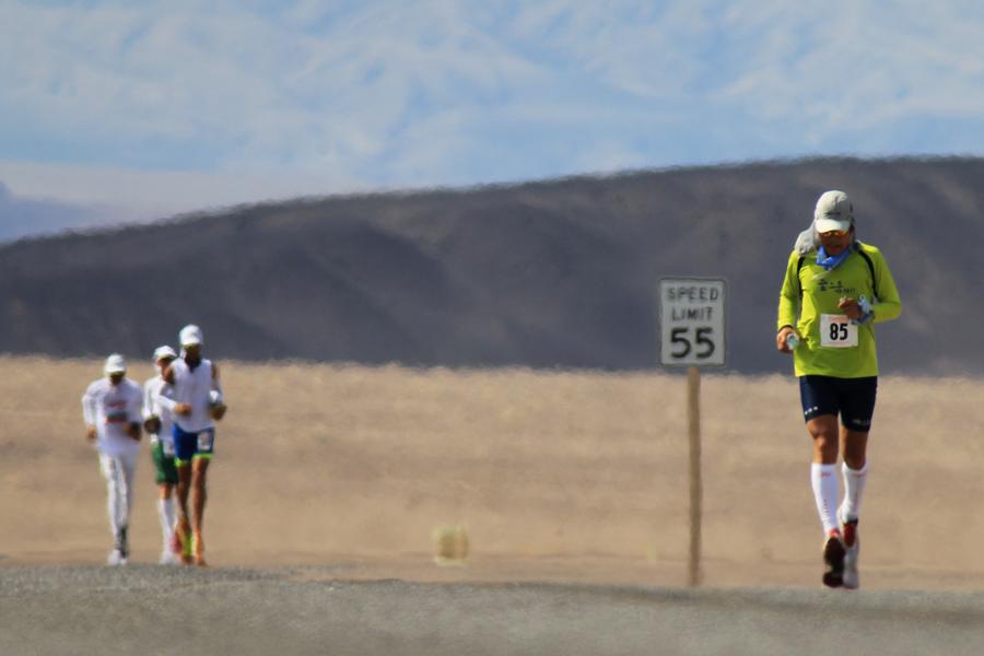 Badwater 135 California USA runners (Getty)