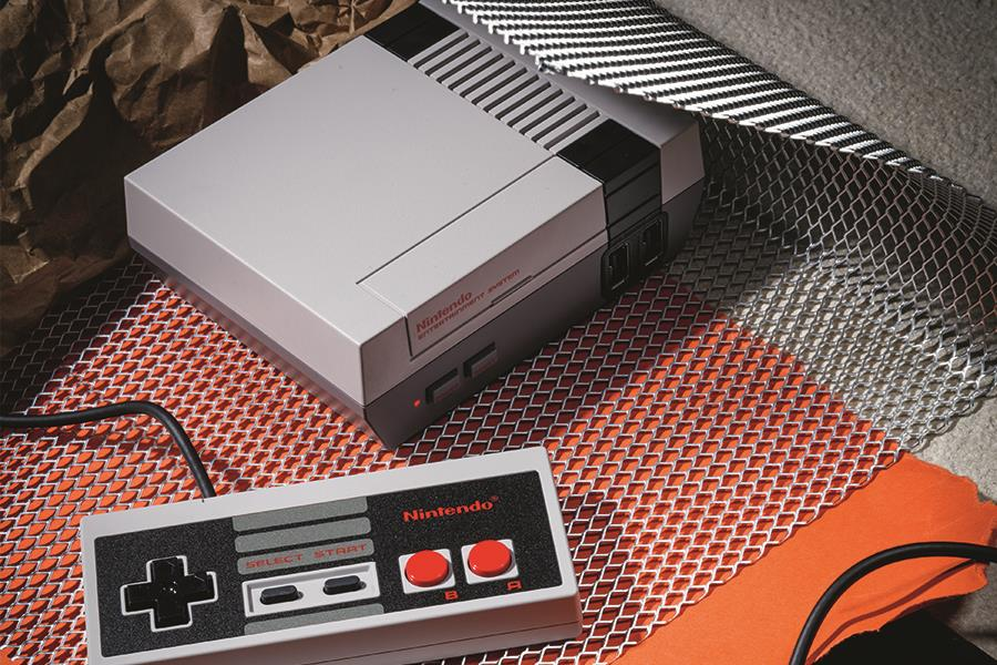 Nintendo classic mini  (PR shot)