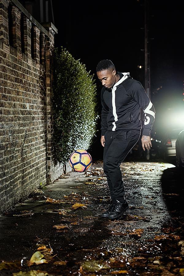 Callum Harriott juggling football for FS magazine photoshoot (Tom Miles)