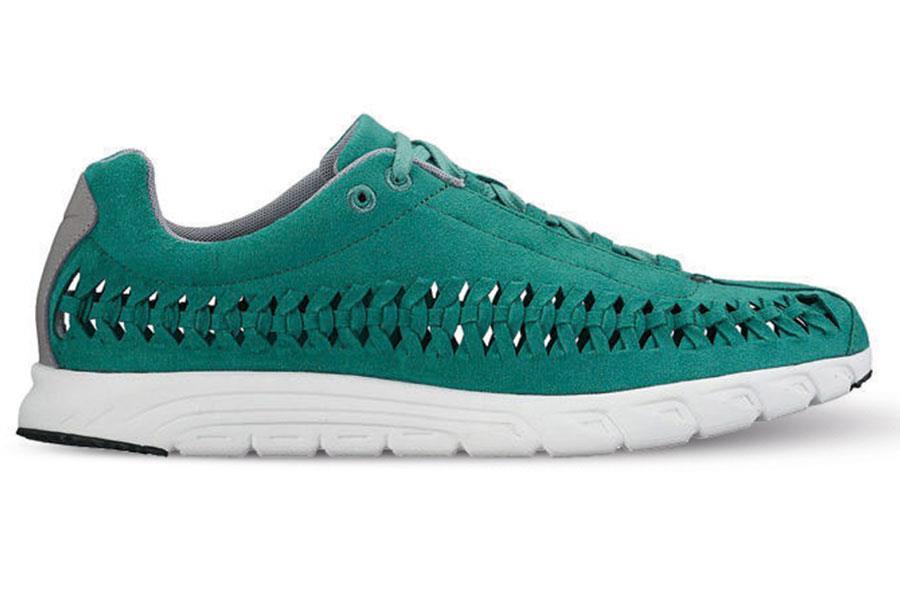 Nike Mayfly ()