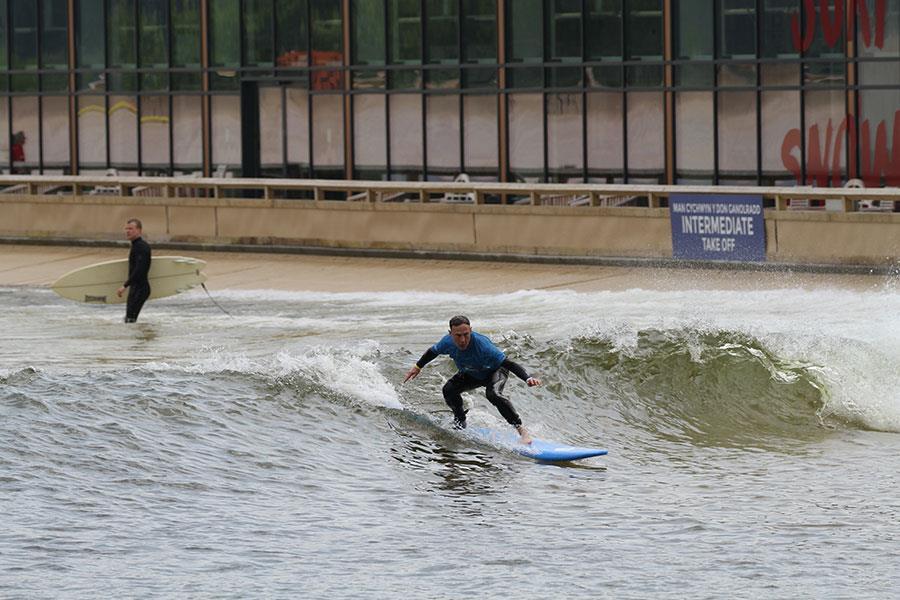 Kevin McCreeth Surf Snowdonia ()