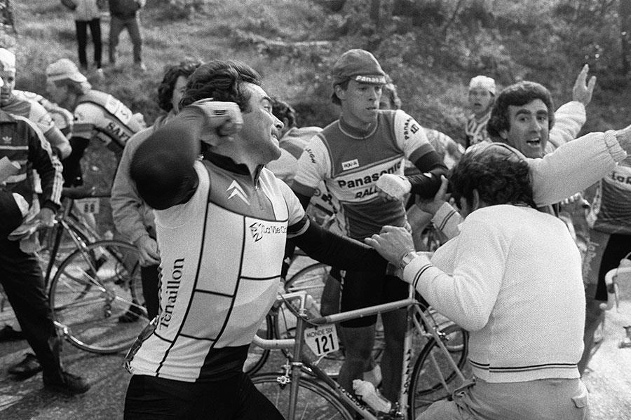 Bernard Hinault punching French protesters ()