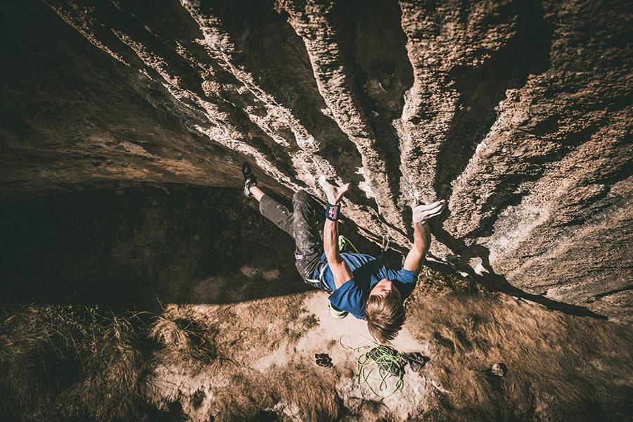 Alex Megos climbing ()