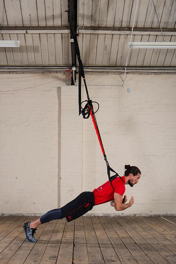 Kieran Owens KO8 suspension trainer exercises plyometric press up ()