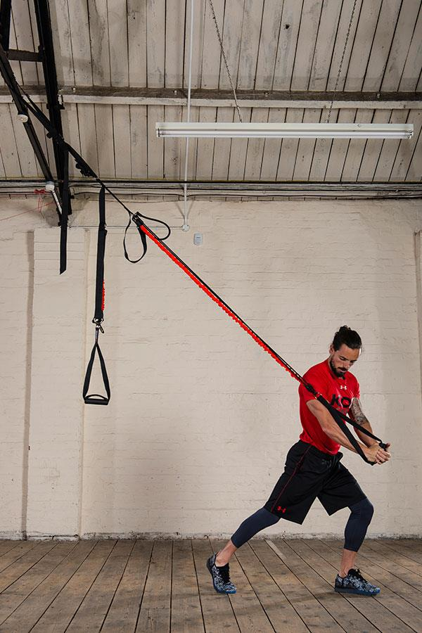 Kieran Owens KO8 suspension trainer exercises: Woodchoppers ()