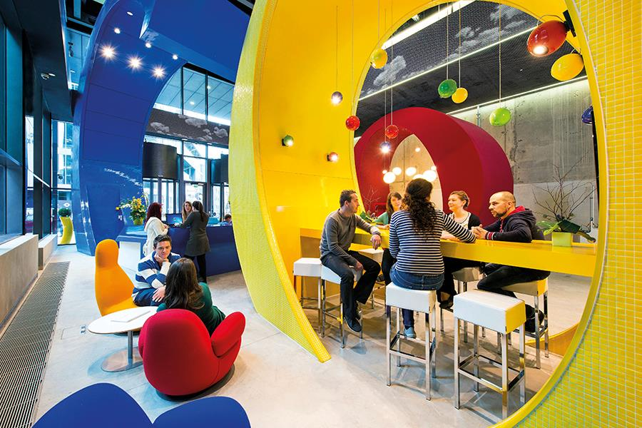 Google offices ()